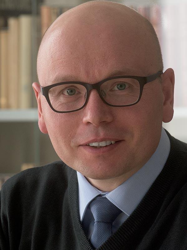 Der Politikwissenschaftler Dr. Steven Schäller erforscht an der TU Dresden auch den Populismus. Foto: Bildermann.de