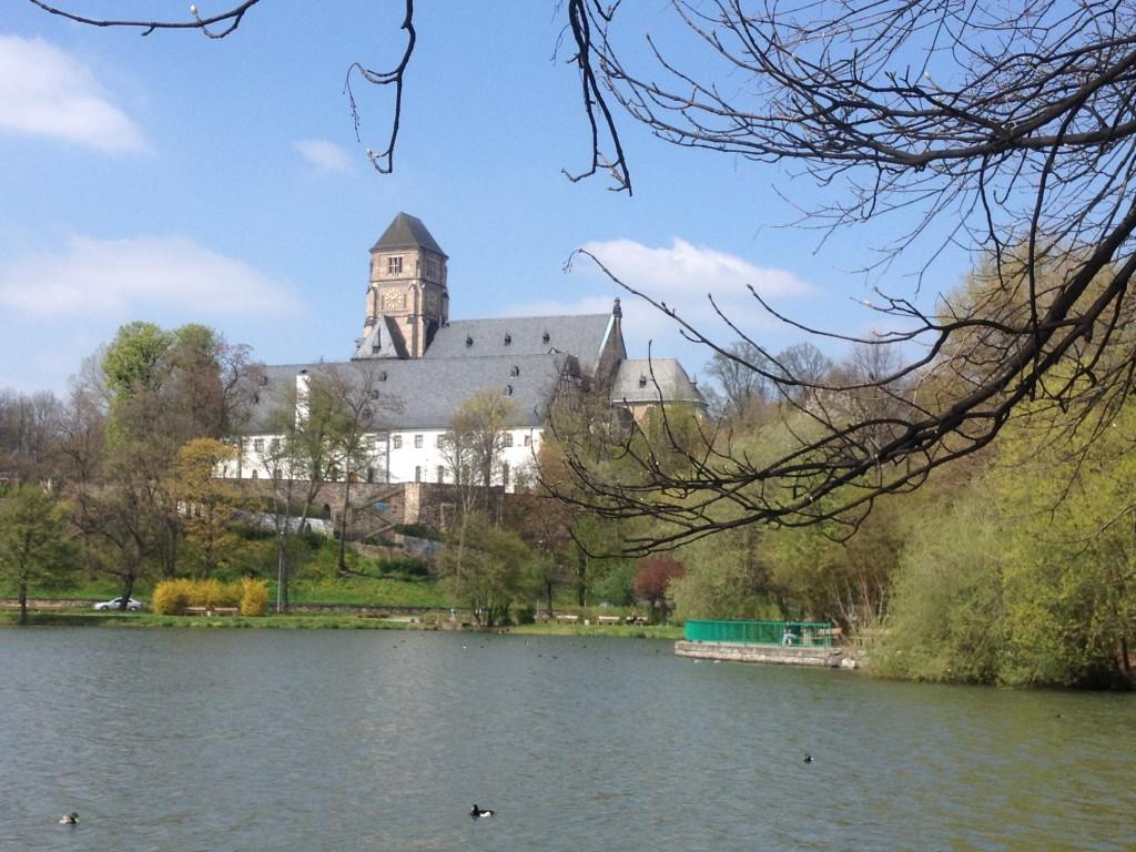 Bis 1540/41 eine wohlhabende Benediktinerabtei, von der aus im 12. Jahrhundert Chemnitz gegründet wurde, heute ein Museum für gotische Kunst. Foto: Michael Kunze