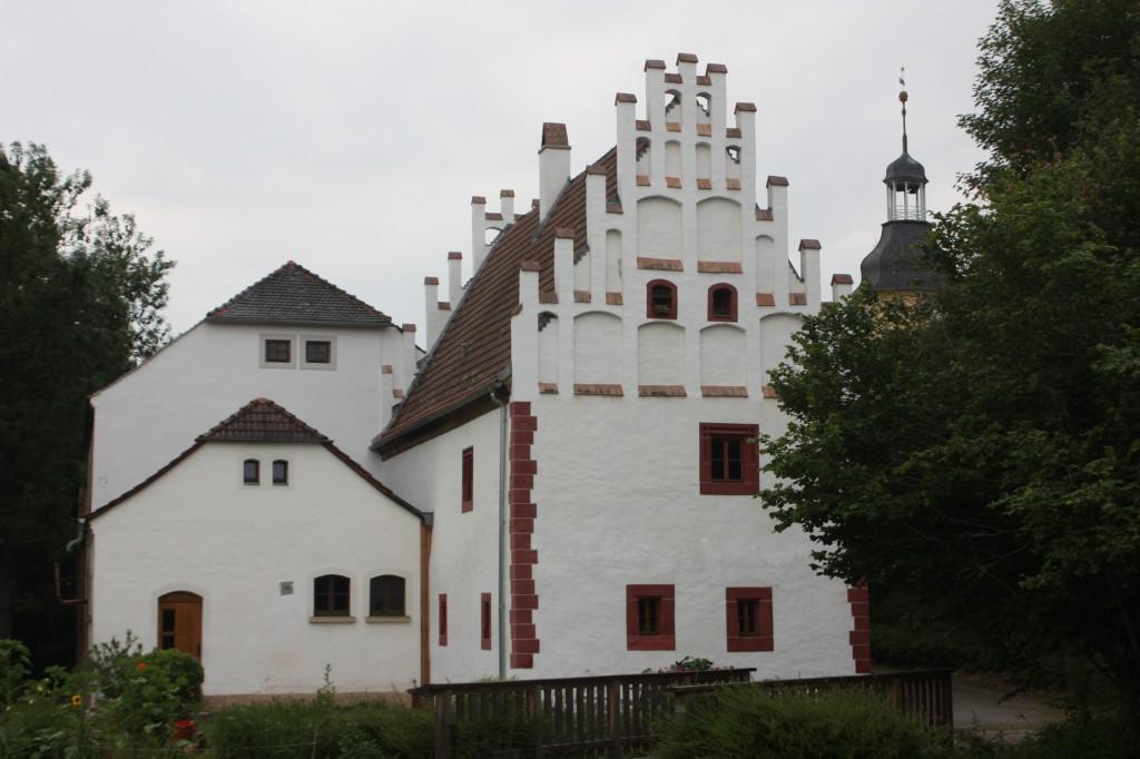 Im einstigen Nonnenkloster im Crimmitschauer Ortsteil Frankenhausen wurde bis zur Reformation nach den Regeln der Zisterzienser gelebt, obwohl es nie dem Orden angehörte. Foto: Michael Kunze